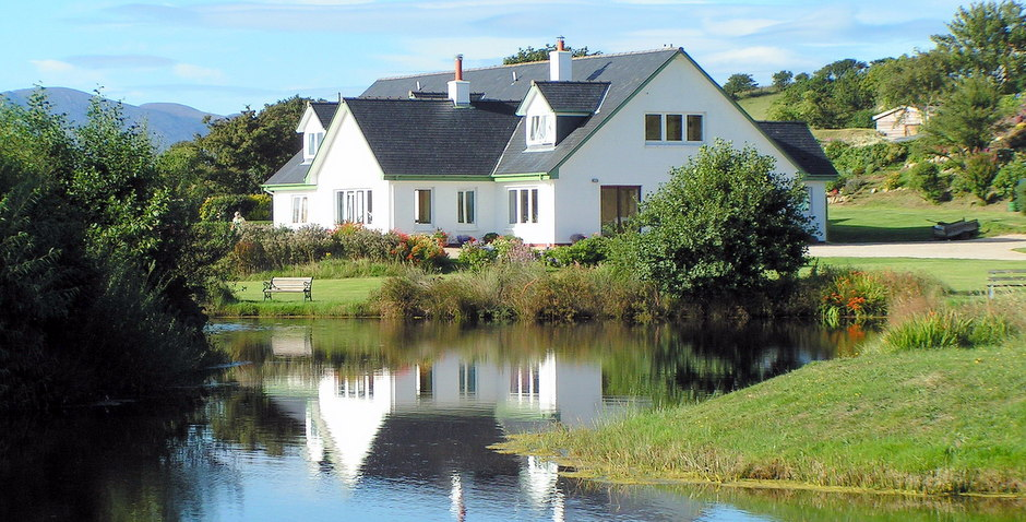 Lochside B&B and Self Catering